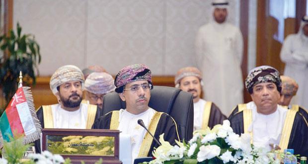 وزير الإعلام يشارك في اجتماع وزراء الإعلام بدول مجلس التعاون بالكويت