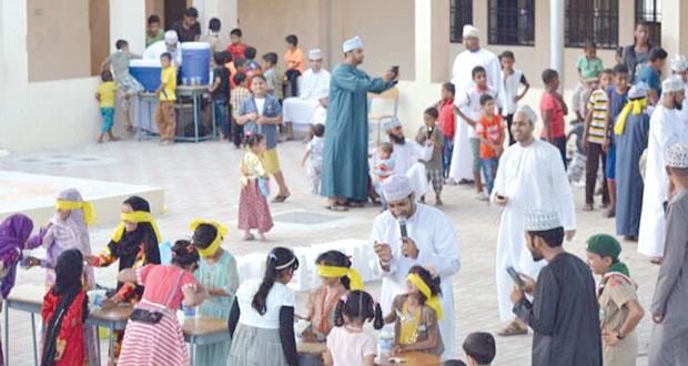 قرية المزرع بنت سعد ببدبد تنظم مهرجان العيود