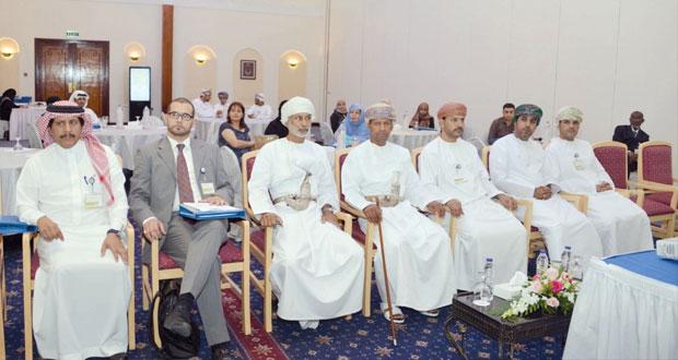 دورة تدريبية لإرساء نظام التصرف في الوثائق والأرشيف باللجان الوطنية العربية للتربية والثقافة والعلوم