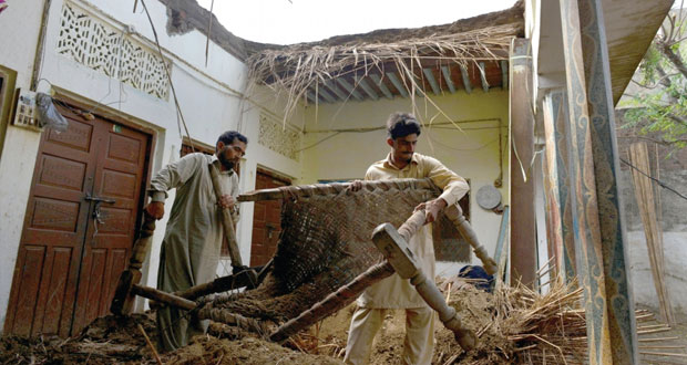 تصاعد التوتر على الحدود الباكستانية ـ الهندية وقتلى مدنيون بالقصف المتبادل