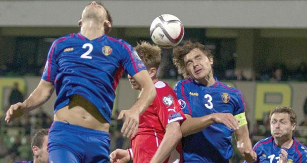 في تصفيات يورو 2016 فوز كاسح لإنجلترا وهزيمة مفاجئة لاسبانيا