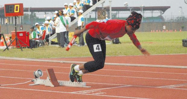 في دورة الألعاب الأسيوية انشيون 2014 : بركات يحتل المركز السابع في سباق 200 متر .. والتتابع يصل إلى النهائي