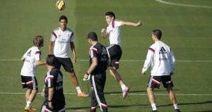 ريال مدريد وبرشلونة يرفعان راية التحدى وكسب الكلاسيكو