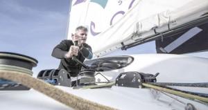 القارب العماني مسندم يستعد للمشاركة في سباق روت دو رام المحيطي من فرنسا إلى أميركا اللاتينية