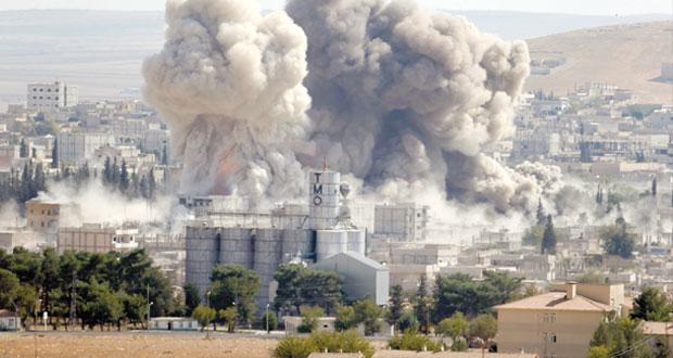 داعش تكر على أحياء انسحبت منها بـ(عين العرب) والتحالف يواصل غاراته