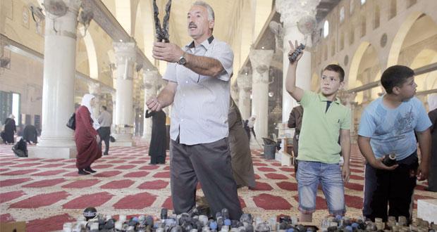 مواجهات عنيفة في محيط الأقصى لصد الاحتلال عن اقتحامه
