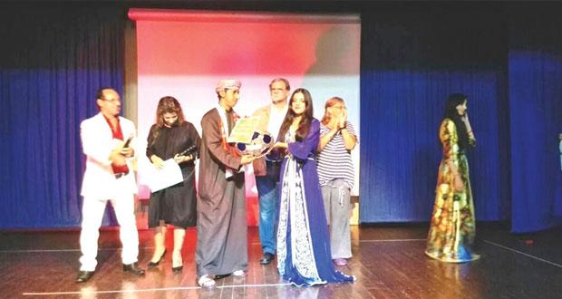 """""""مملكة الأشرار"""" لفرقة ظفار المسرحية تحقق جائزة أفضل عرض متكامل في مهرجان أصيلة الدولي لمسرح الأطفال"""