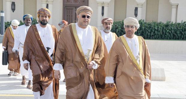 وزير الإعلام يتوجه الى دولة الكويت