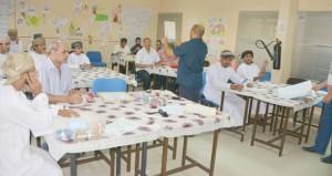 تعليمية جنوب الشرقية تنظم برنامجا تدريبيا حول إنتاج أعمال فنية نسجية لمعلمي ومعلمات الفنون التشكيلية