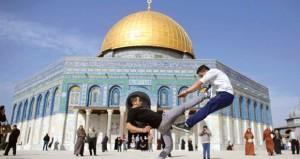 إصابات خلال قمع الاحتلال لاحتجاجات الضفة وصدامات على حواجز القدس