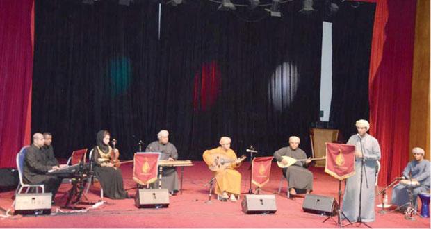 """يعقوب الحراصي أضاء حكاية موسيقية شرقية لجمعية هواة العود في """"سحر الشرق"""""""