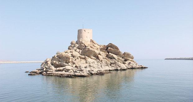 """""""برج الصيرة"""" يعطي قريات أهمية تاريخية ويعبر عن عمق الحضارة العمانية"""