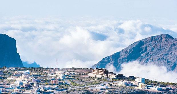 مؤتمر الاستثمار العربي الفندقي يستعرض الفرص والمقومات السياحية بالسلطنة