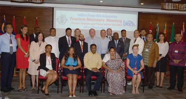 السلطنة تعرض خططها نحو دعم خطط السياحة المسؤولة والخضراء والقدرة على جذب الوفود طوال العام