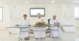 ثلاثون شاعرا يتوجون مهرجان الشعر العماني في دورته التاسعة بنزوى