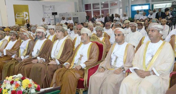 الملتقى الثاني لفرص الاستثمار يشهد التوقيع على عقود بقمية تزيد على 25 مليون ريال عماني في اليوم الأول