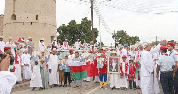 تواصل مسيرات الحب والولاء لجلالة السلطان بمختلف محافظات السلطنة