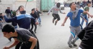 جيش الاحتلال يعسكر القدس والضفة..والمرابطون يتصدون لميليشياته