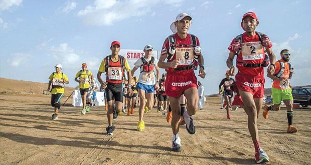 إثارة كبيرة يشهدها ماراثون عمان الصحراوي