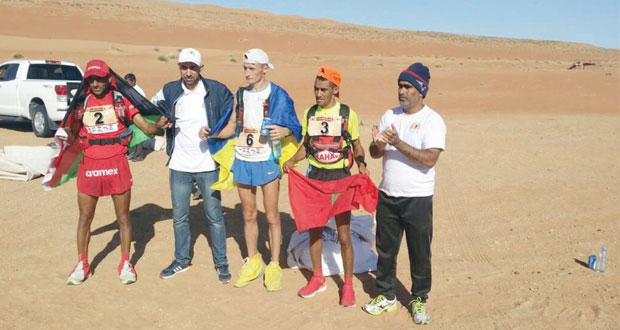 في الجولة الرابعة لماراثون عمان الصحراوي.. الصدارة على حالها للمغربي رشيد المرابطي والأردني سلامة الأقرع يستعيد الوصافة
