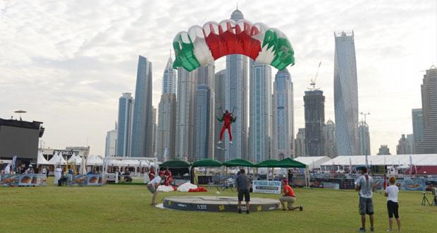 فريقنا الوطني للقفز الحر يبدأ مشواره في بطولة دبي الدولية وعينه على الفوز بألقابها