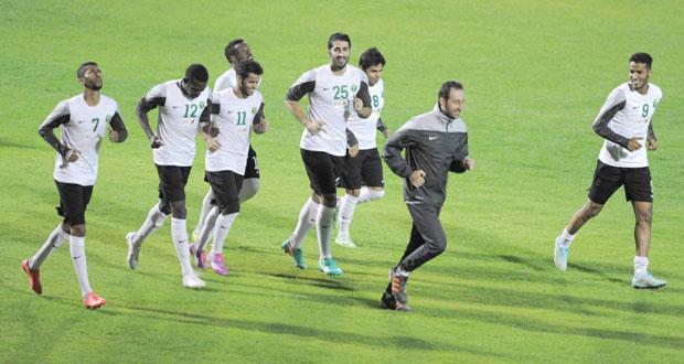 الأخضر السعودي والعنابي القطري في نهائي بطعم الذكريات