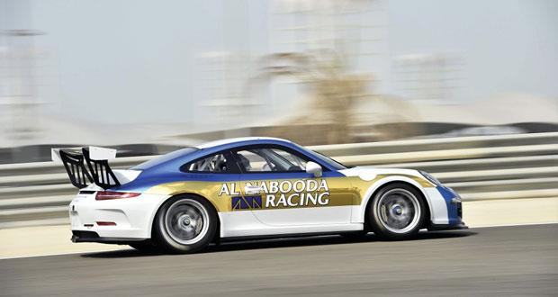 المتسابق أحمد الحارثي يثبت سرعته في تجارب ما قبل الموسم الجديد