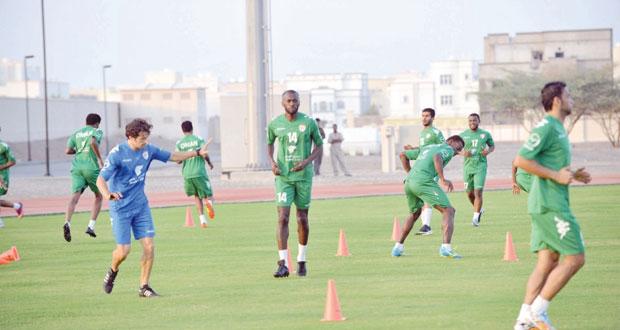 منتخبنا الوطني يكثف من تدريباته استعدادا لبروفة اليمن الأخيرة