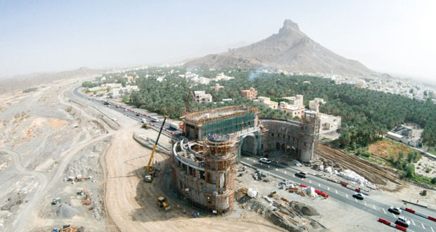 2.4 مليار ريال عماني إجمالي تكلفة مشاريع الطرق قيد الإنشاء