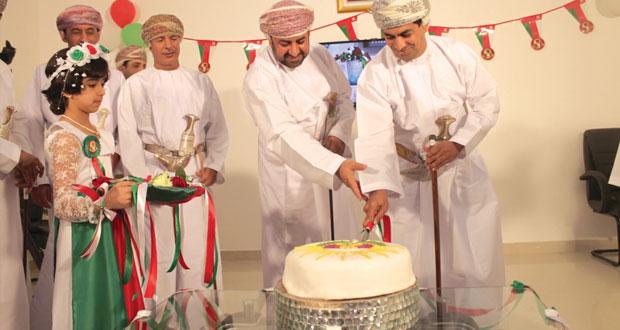 عبدالله الحراصي يفتتح مكتب الهيئة العامة للإذاعة والتلفزيون في صحار