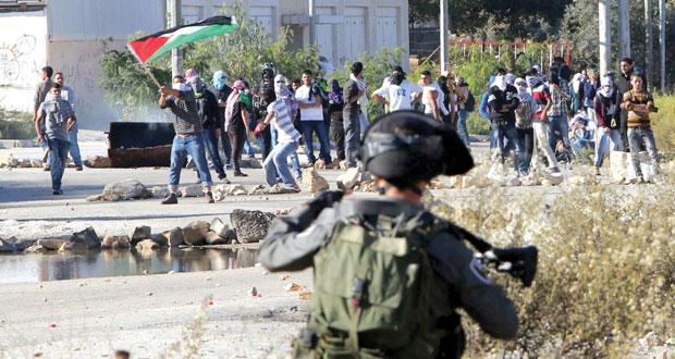 الاحتلال يواصل حملته الإرهابية على القدس وميليشياته تقتحم (الأقصى)