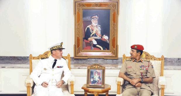 النبهاني والعبيداني والرئيسي يستقبلون قائد القوات الفرنسية في المحيط الهندي