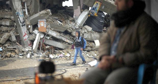 إرهاب الاحتلال يقمع المقدسيين ويحول القدس لـ(ثكنة)