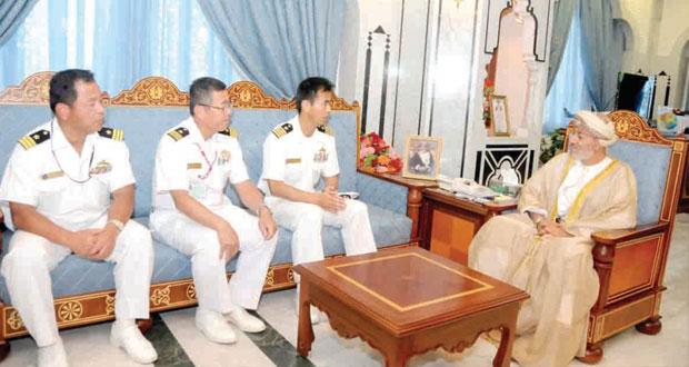 محافظ ظفار يستقبل عددا من قادة السفن بالقوات البحرية اليابانية