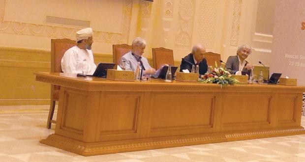 مؤتمر (القيم الإنسانية المشتركة في عالم التعددية الثقافية) يدعو إلى العيش المشترك في هذا العالم المتعدد الثقافات والسياسات والأديان