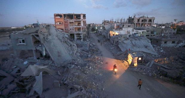 الحكومة الفلسطينية تؤكد التزامها بإعمار غزة وتدعو المانحين للالتزام بالتمويل