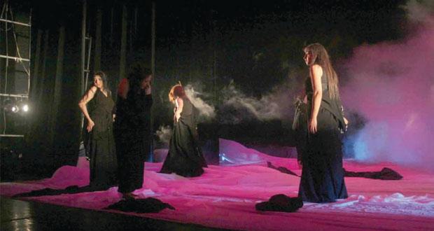 زهرة الحكايا لمسرح مزون على المسرح الثقافي الملكي بالأردن