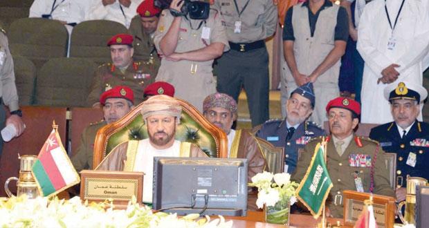 بدر بن سعود يترأس وفد السلطنة في اجتماع مجلس الدفاع المشترك لدول المجلس بالكويت