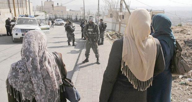 أهالي الأسرى يعتصمون تضامنا مع أبنائهم في سجون الاحتلال