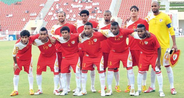 الأحمر العماني بطموح الانتصار وجها لوجه أمام الأبيض الإماراتي