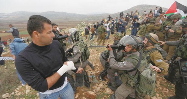 رغم الوعيد بـ(الفيتو).. الفلسطينيون يجاهدون لتمرير (إنهاء الاحتلال)