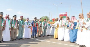 أبناء محافظتي البريمي ومسندم يشاركون الأشقاء الإماراتيين فرحتهم باليوم الوطني
