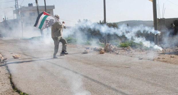 شهيد فلسطيني متأثرا بجراحه في العدوان وبحرية الاحتلال تلاحق مراكب الصيادين في غزة
