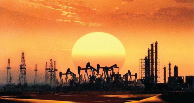 برنت دون 50 دولارا للمرة الأولى منذ 5 سنوات .. ونفط عمان يسجل انخفاضا بأكثر من دولارين