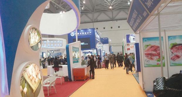 السلطنة تشارك في معرض المنتجات البحرية والسمكية بالصين