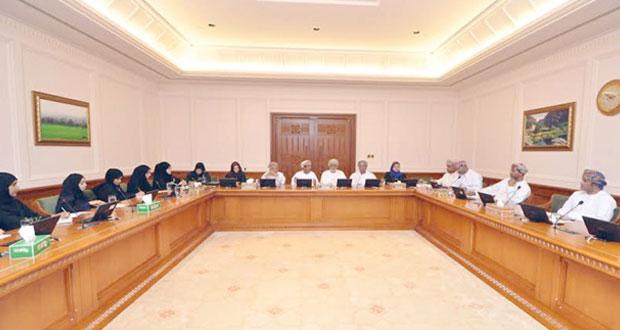 """لجنة تنمية الموارد البشرية """"بالدولة"""" تستضيف مجموعة من الأيدي العاملة الوطنية في القطاع الخاص"""
