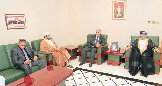 حسين الهلالي يستقبل الوفد القضائي الفلسطيني
