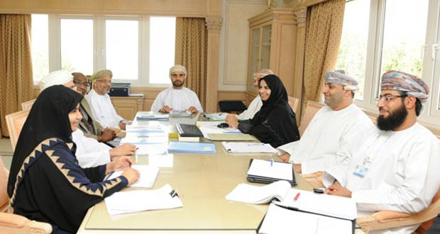 """الحوسني يترأس إجتماع وزارة الصحة لمناقشة الحالات المصابة بمرض """"كورونا"""""""