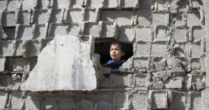 قوات الاحتلال الإسرائيلي تواصل حملاتها الهمجية في الضفة وغزة