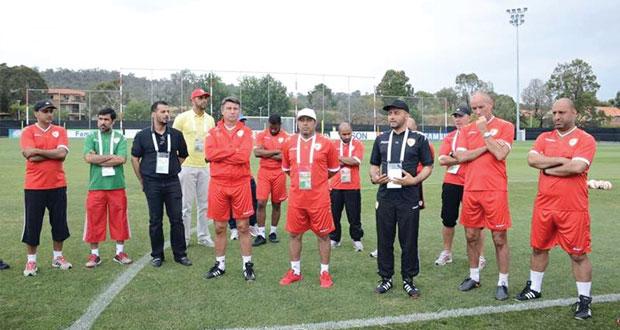 الطريق إلى كأس الأمم الآسيوية 2015 : الأحمر العماني يرفع وتيرة تدريباته والمسلمي يكتفي بالجري والشاطري يلتحق بالبعثة